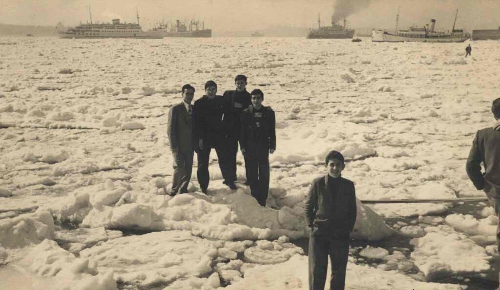 Bosphorus frozen