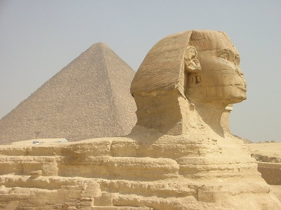 The Sphinx, believed to have been the model of Khufu's son.
