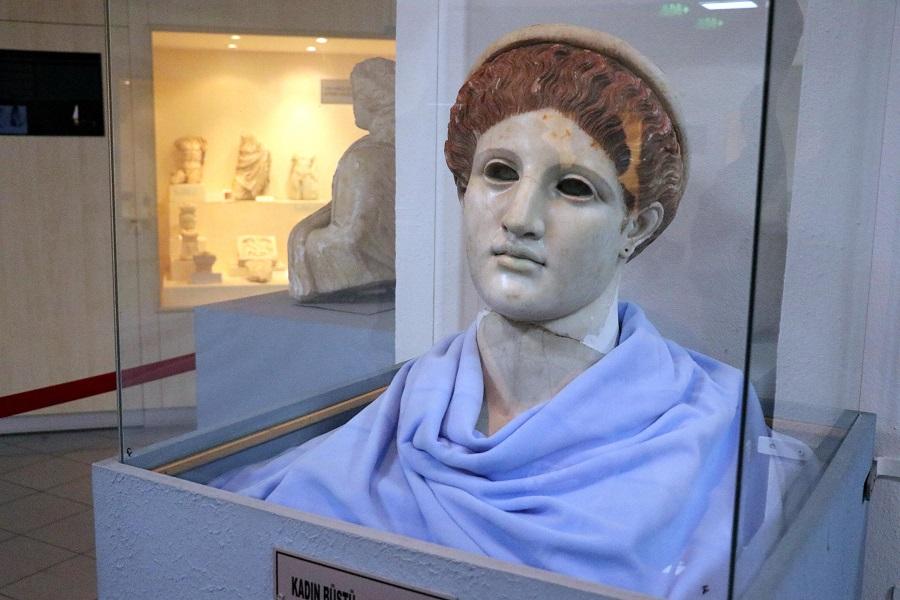 unique bust of Artemis