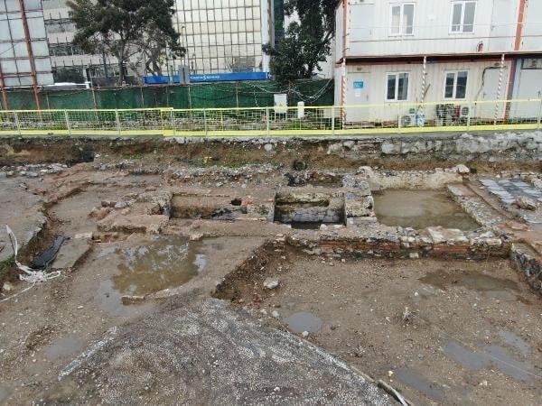 İstanbul Kabataş excavation.