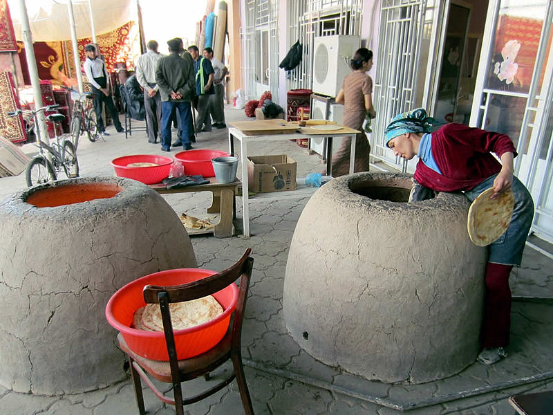 Bai Bazaar in Dashoguz