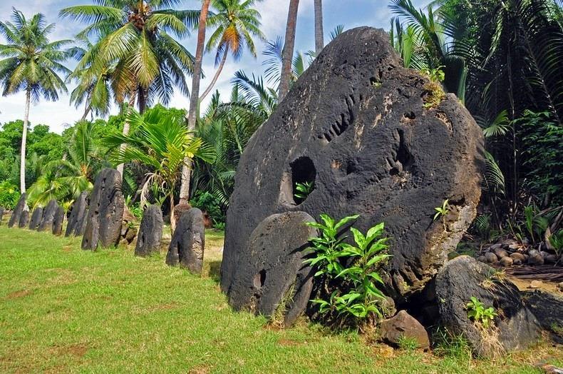 rai-stones