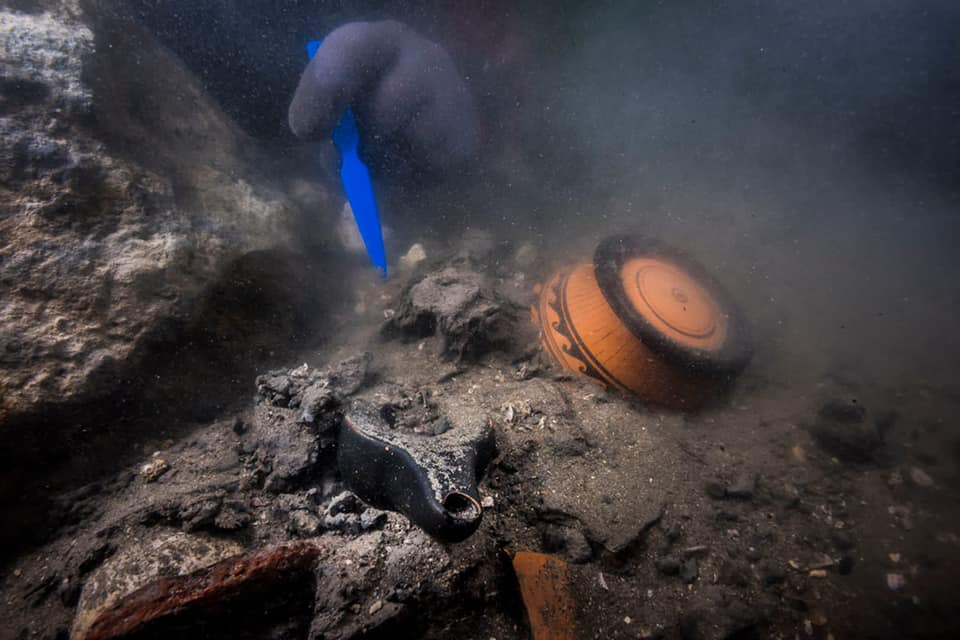 Divers examined the wreck after a sonar survey rediscovered it buried in mud and debris. Photo: Eygpt Ministry of Tourism and Antiquities