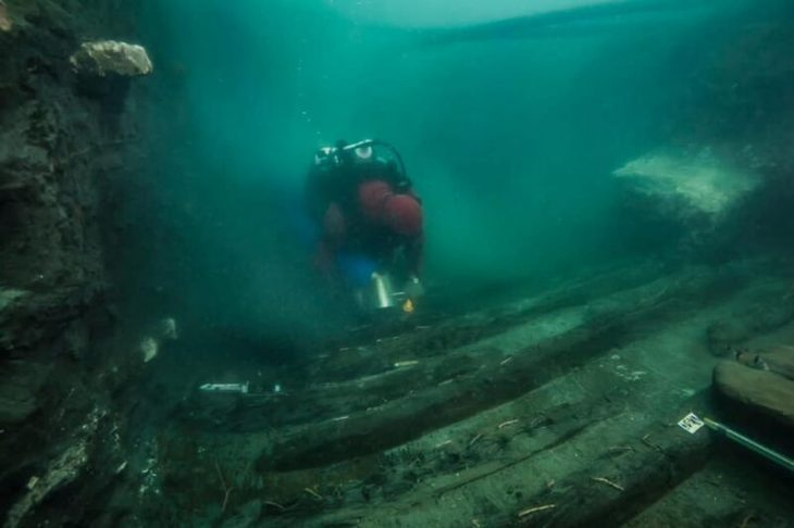 Archaeologists find ancient Egyptian warship sunk near Alexandria Enlarge Ministry of Tourism and Antiquities