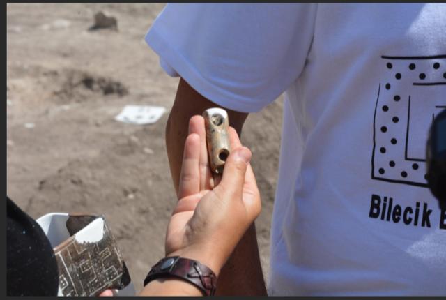 11,000-year-old 3-hole musical instrument found in Bilecik