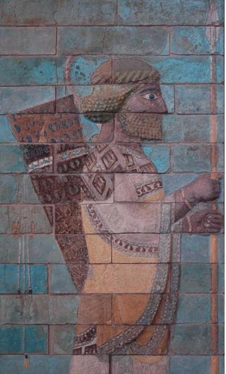 Glazed siliceous bricks at Susa, c. 510 BC depicting an Achaemenid soldier ( Wikimedia Commons )