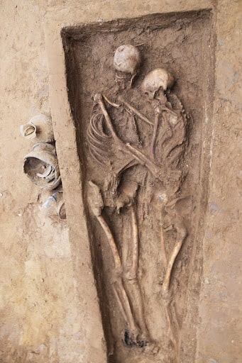 Lovers hugging each other.