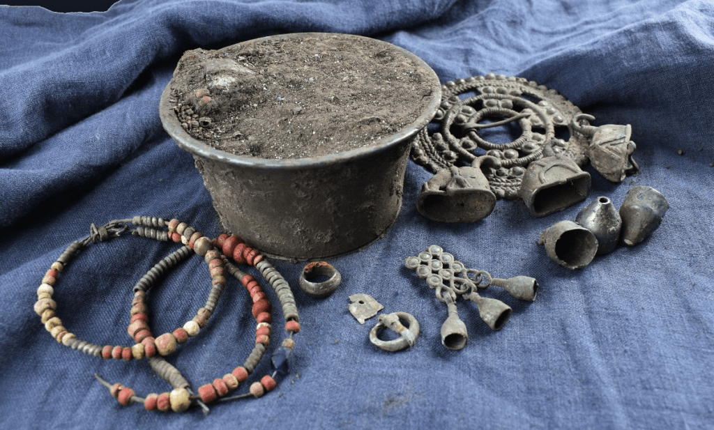 Archaeologists find rare treasure in Suzdal of Russia