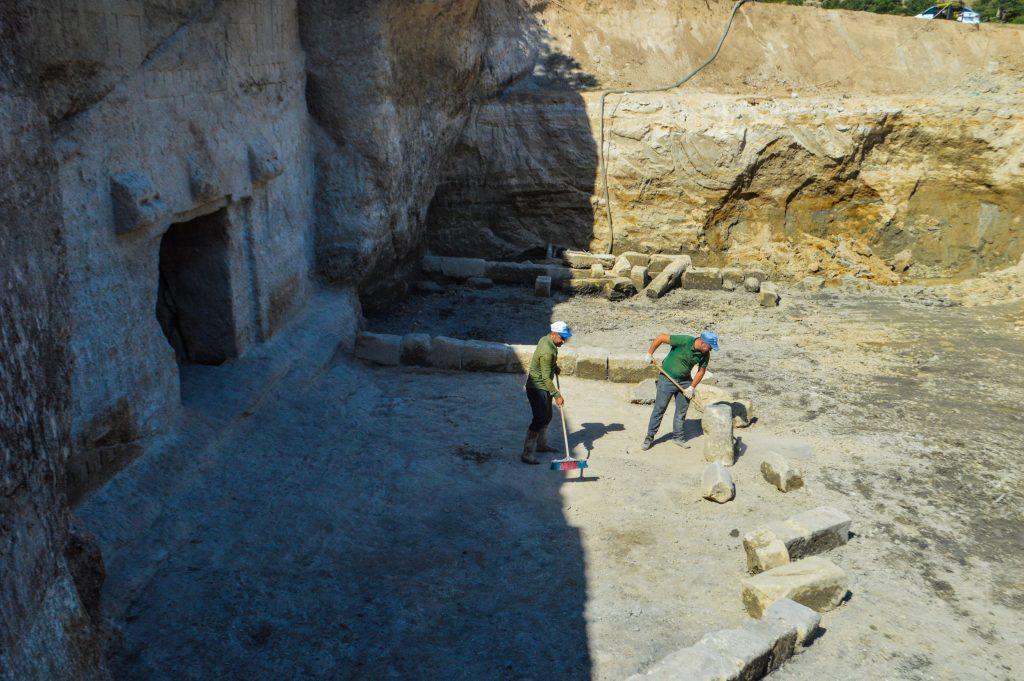 Archaeologists work in the area of the Maltaş monument, Phrygian Valley, Afyonkarahisar, western Turkey. (AA Photo)