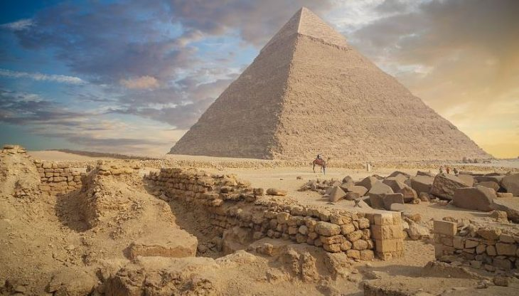 An Egyptian archeological mission has unearthed on Friday remains of a residential and commercial town dating back to the Greco-Roman era in the north coast city of Alexandria.