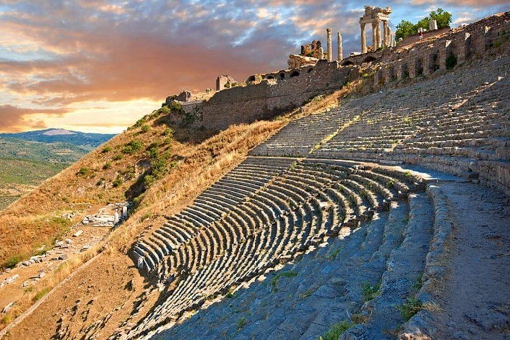 Roman amphitheater in the ruins of the ancient city of Pergamon (Bergama), Turkey
