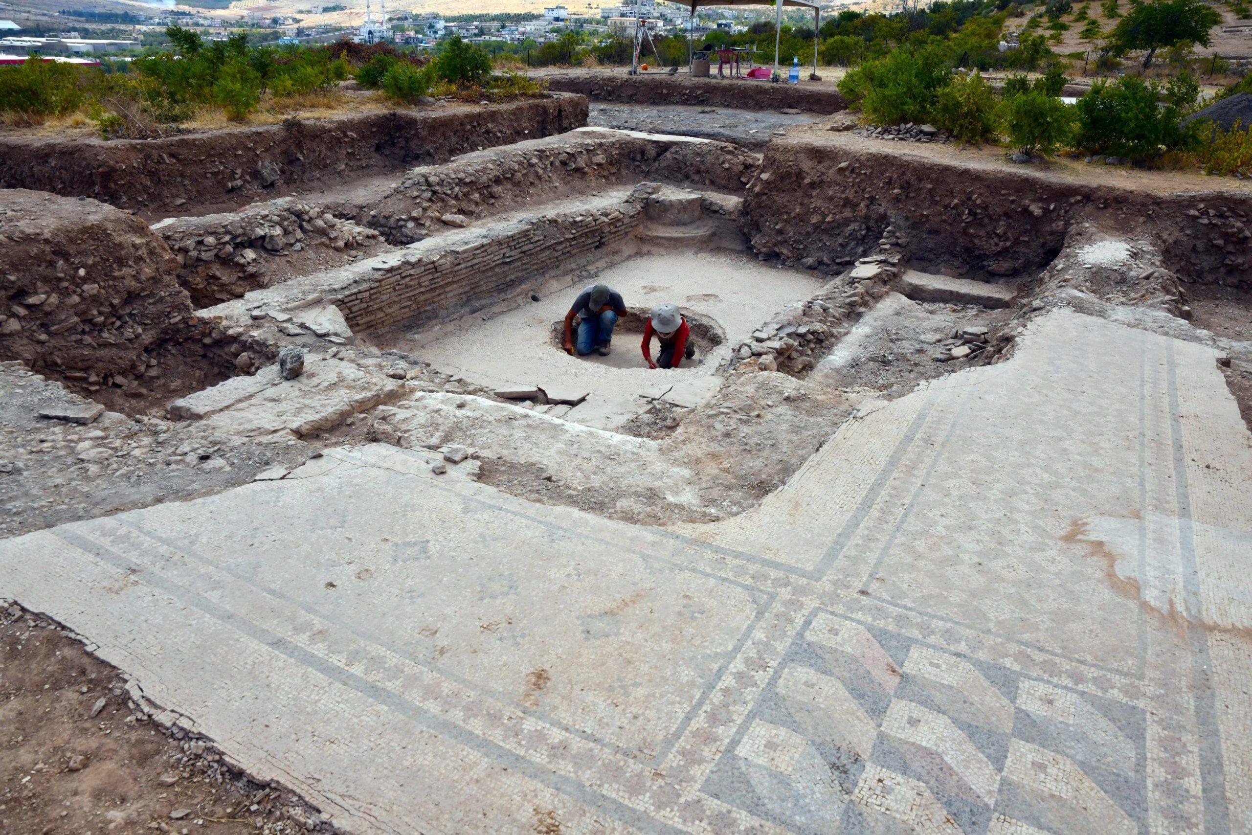 the ancient city of Dülük